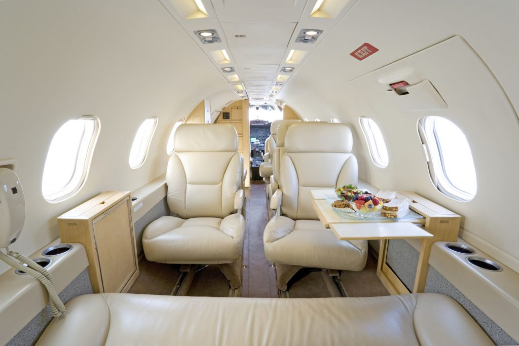 private executive charter jet